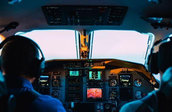 Prendre l'avion pour le Québec : les formalités à l'aéroport